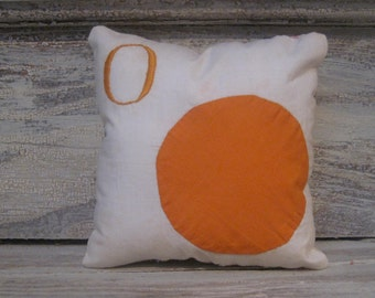 Vintage Appliqued Orange Pillow with Letter O With Quilt Backing