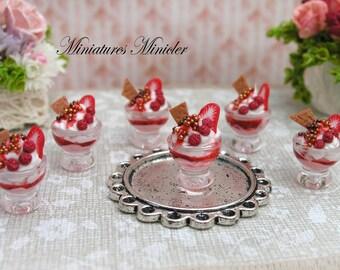 Miniature Dollhouse Strawberry Ice Cream Bowl 1:12