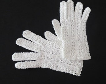 White Crocheted Gloves