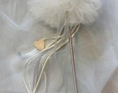 Flower Girl Wand, Tulle Pom Pom Wand, Flower Girl Bouquet, Bridesmaids Bouquets, Rustic Wedding, Tulle Wand