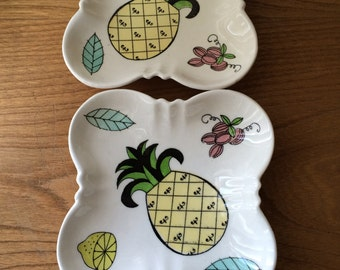 Vintage Royal Sealy Catch-All Dishes