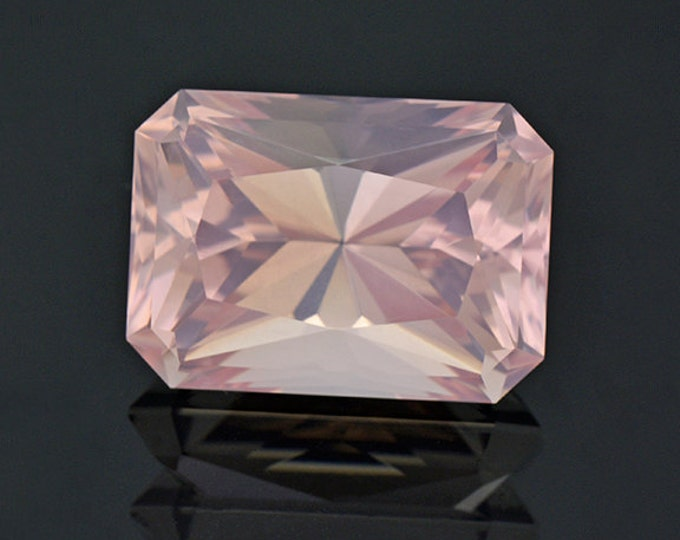 Excellent Pink Rose Quartz Gemstone from Brazil 16.40 cts