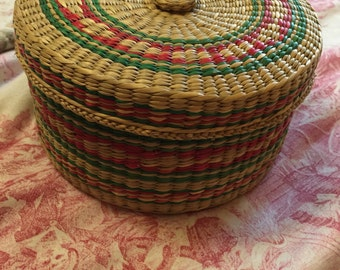 Country Vintage Nesting Woven Baskets Set