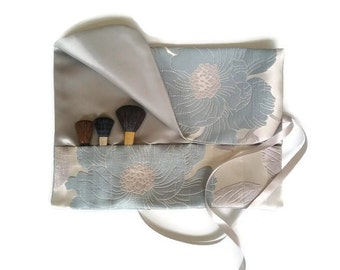 Makeup Brush Roll Blue And Silver Floral Cosmetic Bag Roll up