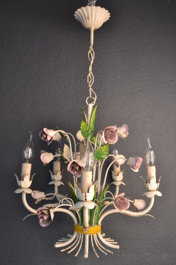 Tole chandelier with pink roses (5 light bulbs)