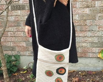 Knot Strap Hobo Bag,  Crossbody bag, Hipster Bag / Purse, Sling Pouch, Shoulder bag made from a recycled beige sweater