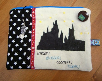Zipper Pouch Harry Potter inspired with zipper and pendant, Hogwarts, Harry Potter, owls, stars, fabric button, handmade