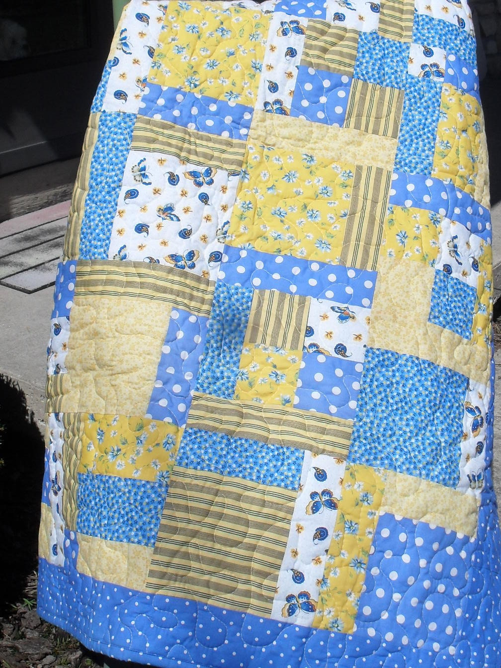 Handmade quilt for sale homemade quilts gift for her lap for Quilts for sale