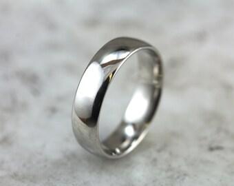 High Polished Platinum Wedding Band 2Q8AQY-D