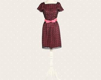 Black lace '60s dress