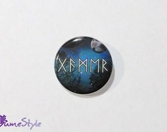 """Button - """"Gamer"""" in Runes"""