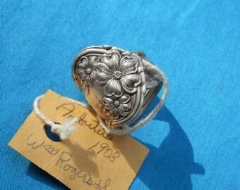 Antique 1908 WM Rogers Ring