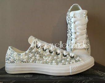Wedding converse, with crystal & pearl, ready to ship size UK 7, usa 9, euro 40