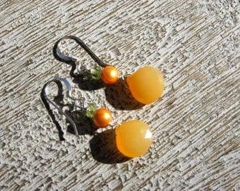 ORANGE CHALCEDONY teardrop faceted briolette EARRINGS, orange metallic baroque pearl, peridot, S.S.  Creamsicle/Fall/Tangerine/Boho/ bright