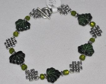Silver Bracelet Celtic Knot Leaf #410