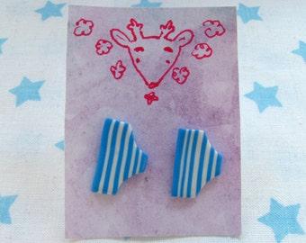 Pantsu earrings