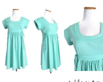 70s Mini Dress Pastel Mint Green Dolly Babydoll 1970s Indie Hipster A-line Hippie Size Small Medium Mod Empire Waist