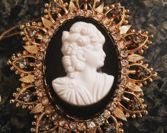 Francois for Coro Cameo Brooch
