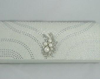 Silver Wedding Purse, Silver and Ivory Shimmery Bridal Clutch, Ivory Pearl Clutch Silver Bride, Bridesmaid Clutch, Crystal Bridal Handbag
