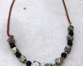 Necklace long pyrite and pearls old gold
