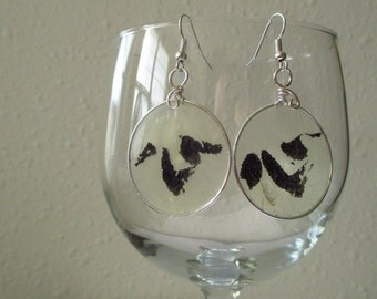 Paper earrings/Paper jewelry/Kanji jewelry/Heart jewelry/Kanji earrings/Wire wrapped earrings/Wire wrap jewelry/Original painted earrings