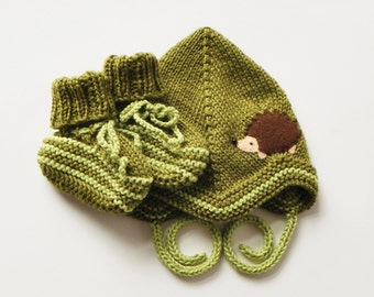 Hedgehog baby set moss green hat and booties baby outfit knitted baby boy set MADE TO ORDER