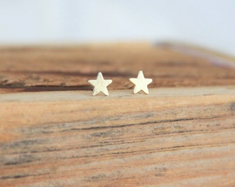 Gold Star post earrings, Small Star Earrings, Gold Star, Minimalist Gold Jewelry, Bridesmaid Gift, Gold Earrings, Modern Jewelry