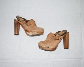 vintage 1970s wooden clog heeled sandals