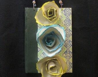 Wall Hanging-Three Roses