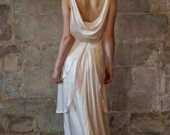 Silk wedding dress/ Great gatsby wedding dress/ Low back V neck bias cut vintage style 1930s wedding dress / Robe de mariée Alesandra Paris