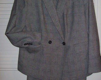 Suit 14,  Talbot's Skirt Suit, Glen Plaid LighterWeight Career Find Size 14