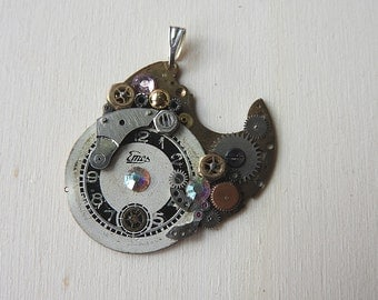 Old watch parts pendant of vintage watch parts pendant