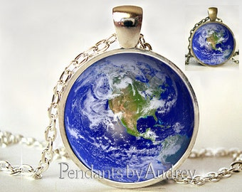 Earth Necklace,Earth Pendant, Planet Necklace,Planet Earth Jewelry,Globe, Planet Earth Necklace,Art Pendant,Pendant,Glass Dome,Gift,Glass