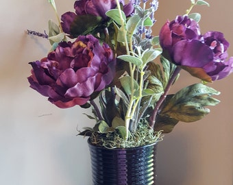 Purple Flower Arrangement, Purple Flowers, Faux Flower Arrangement, Silk Floral, Black Vase, Lavender Flowers, Silk Flowers, Elegant Floral