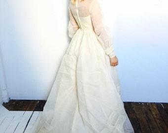 Bohemian Queen Crochet Wedding Gown + Veil