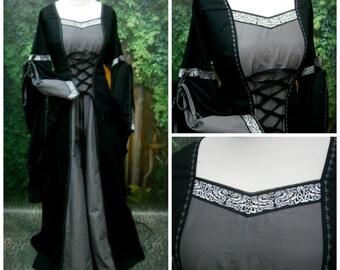 Medieval Dress, Renaissance Gown, Renfaire LARP, Fantasy Dress Handfasting