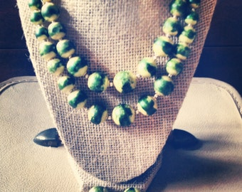 Vintage Wasabi colored choker and earrings set