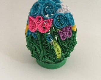 Paper Quilled Flower Field Egg