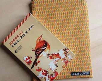 Pochette size Tablet, Autumn theme with colorful leaves Handmade Natural Style
