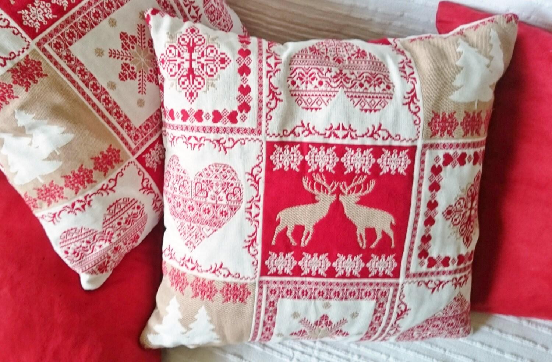 coussin housse de coussin tissu jacquard rouge blanc motifs. Black Bedroom Furniture Sets. Home Design Ideas