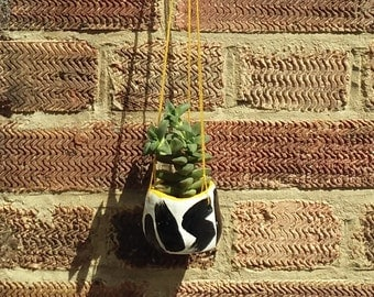 EL-AICH Abstract Peppered Hanging Planter