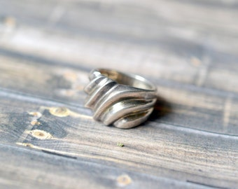 Sterling Silver Organic Modernist Band Ring