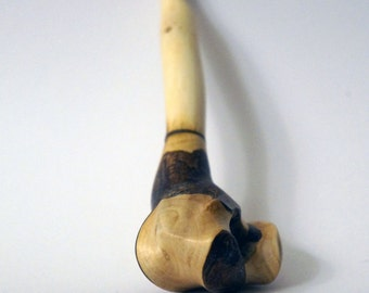 Handmade wooden pipe for smoking, right angle