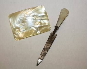 Musi Mother of Pearl Shoe Clip & Mother of Pearl Mini Nail File