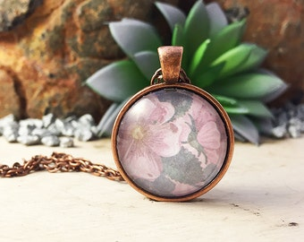 pretty pink flower pendant necklace, pink flower pendant, pink flower necklace, flower pendant, flower jewelry, pendant, necklace, floral