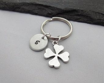 Initial Clover Keyring, Hand Stamped Keyring, Four Leaf Clover Keyring, Good Luck keyring, Charm Keyring, Personalised Keyring,Gift,Keychain
