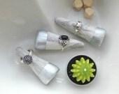 Modern Ceramic Ring Cone, Jewelry Dish, Marble Home Decor, Geometric, Minimal Decor, Gift for Friend, White Ceramic Decor, Jewelry Storage