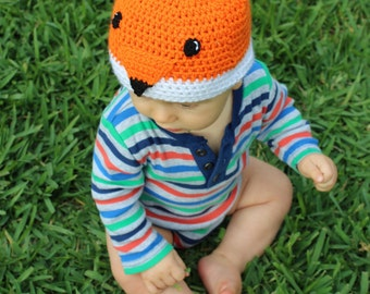 Fox beanie: Handmade, crocheted fox beanie/skull cap for babies in orange, white and black