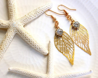 ACANTIDE-thin leaf earrings and diamond