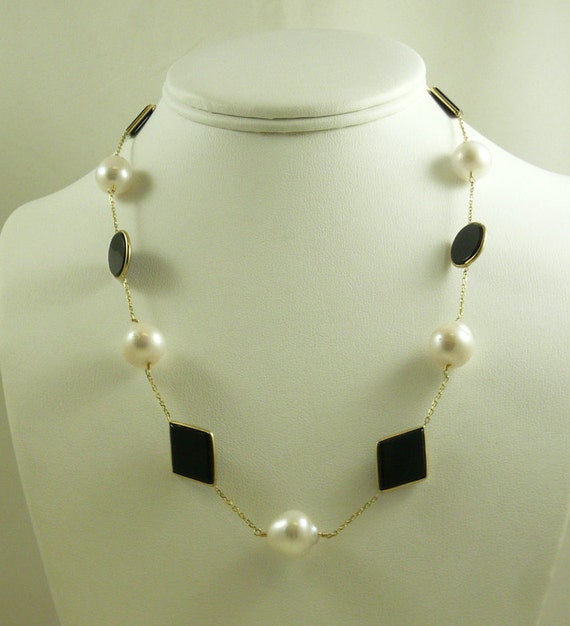 Freshwater White Pearl and Black Onyx Necklace with 14k Yellow Gold Chain
